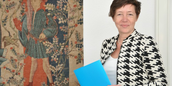 Prof. Franziska Gassmann by tapestry at HBRS University, Bonn, Germany